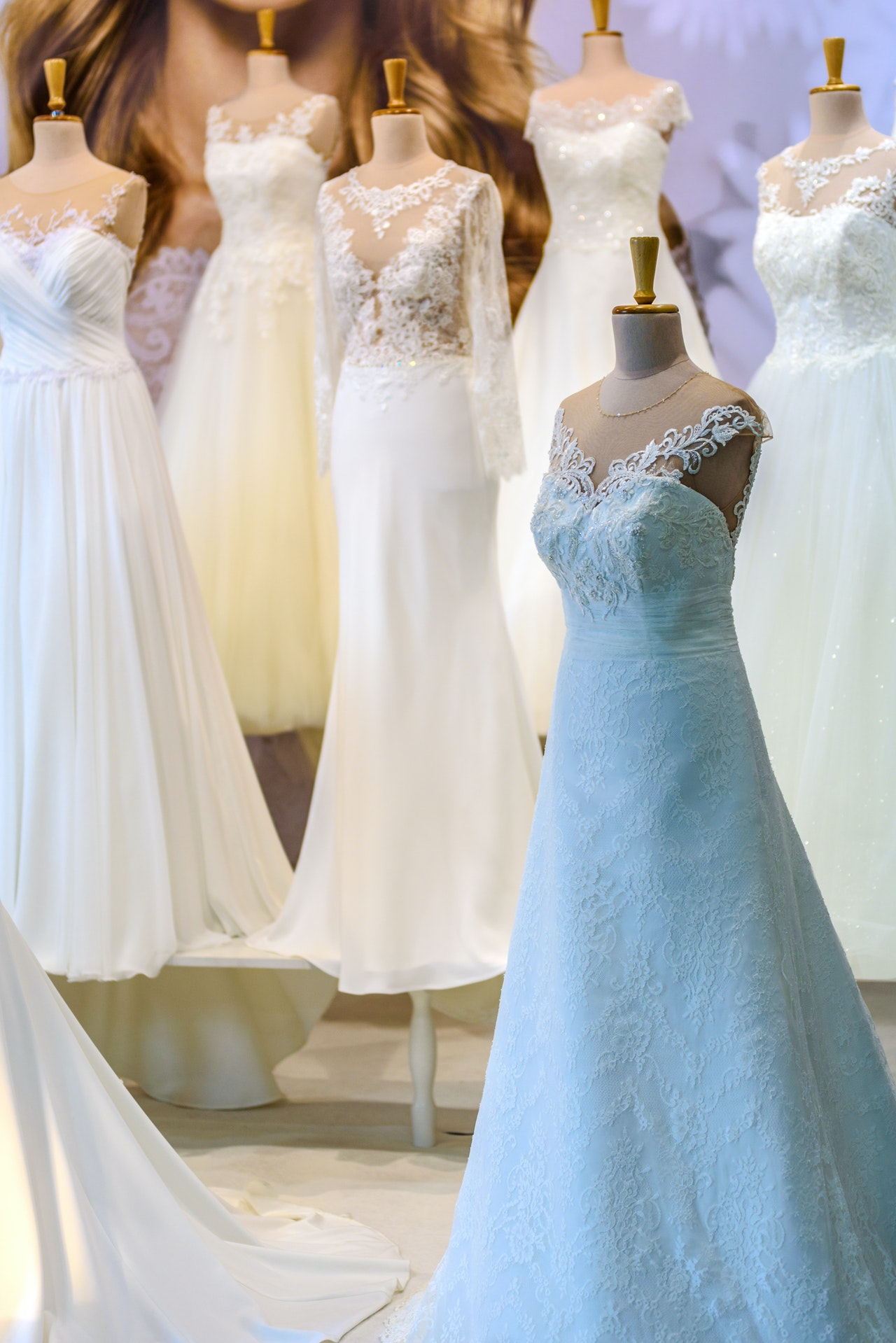 How To Choose The Best Traditional Wedding Dress For Your Big Day