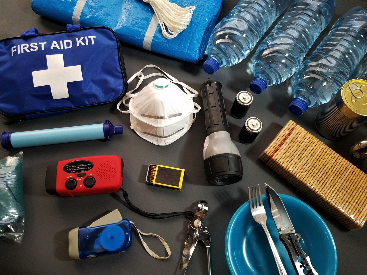 5 Items You Need To Store In A Portable Medical Kit For Emergency